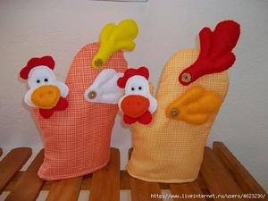 poshiv_rukavic_forme_petuha Мастер-класс по шитью петуха своими руками: бойцовский петух, петушок-рукавица, выкройки текстильных сувениров