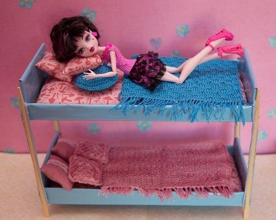 Как сделать кровать стол для кукол фото 620