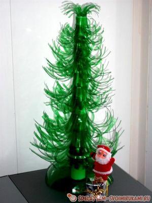 el_plastikovyh_butylok_svoimi Новогодняя елка из пластиковых бутылок