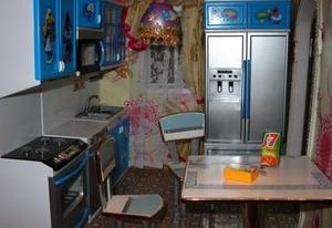 Холодильник для кукольной кухни