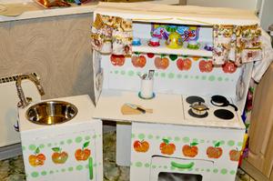 Посуда для кукольной кухни