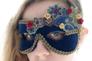 maska_fetra_svoimi_rukami Карнавальная маска своими руками: простые идеи изготовления