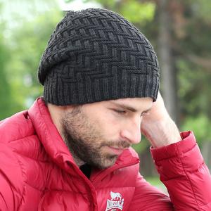 vyazat_shapku_spicami Простая мужская шапка спицами, схема мужской шапки спицами, пошаговое описание с фото. Мужская шапка спицами для начинающих