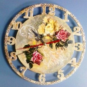 dekupazh_derevyannyh_chasov Как можно оформить часы в технике декупаж?