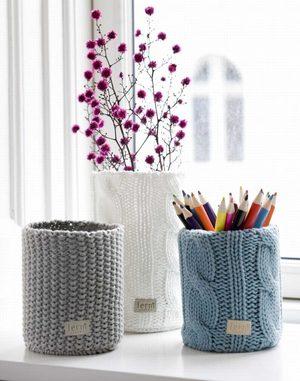 ukrasit_vazu_tulyu Декор вазы своими руками, декорирование высоких напольных ваз для цветов, как украсить стеклянную вазу, декор из кожи, веток
