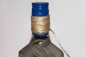 Декупаж бутылки из колготок