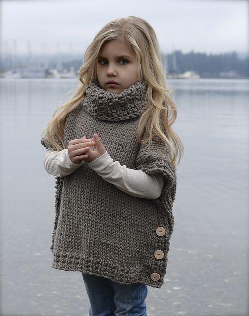 Свободный пуловер-жилет для девочки