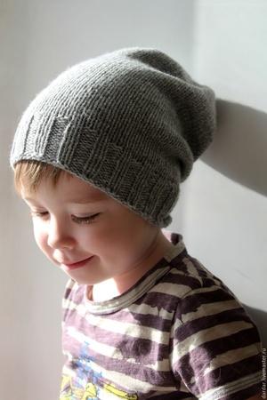 шапка носок спицами схема вязания детской шапки варианты декора