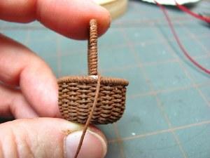 Плетение из шнура вазу для пасхальных яиц