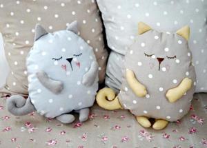 Подушка-игрушка котик